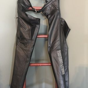 Harley Davidson Deluxe Leather ladies riding chaps